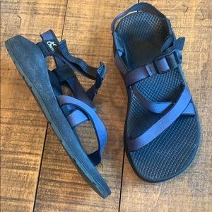 Chaco great and black sandals